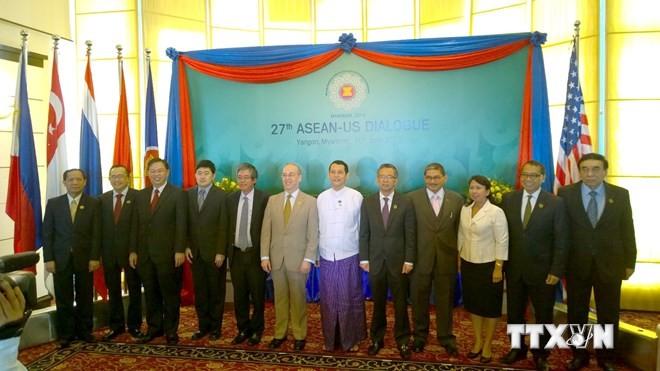 Participa Vietnam en la vigesimoseptima Conferencia ASEAN – Estados Unidos  - ảnh 1