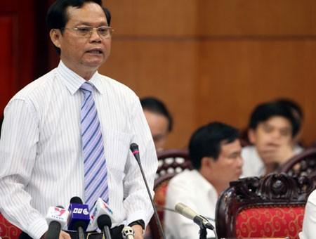 Continúan en el Parlamento vietnamita interpelaciones a miembros del gobierno - ảnh 1