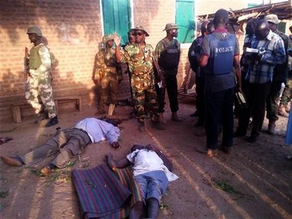 25 personas murieron en un mercado de Nigeria a consecuencia de ataques extremistas - ảnh 1