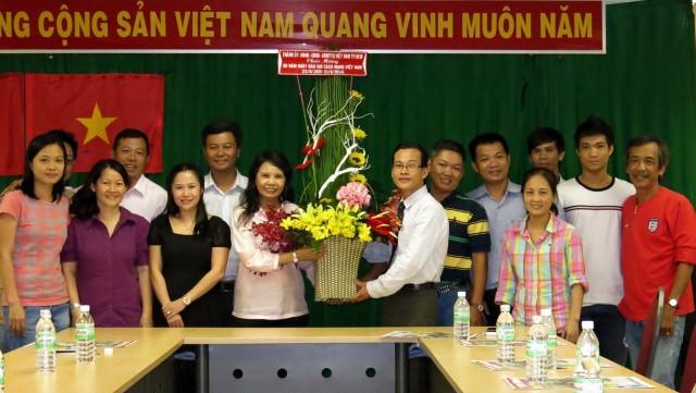 Honran la prensa revolucionaria y los periodistas de Vietnam - ảnh 2