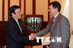 Recibe presidente vietnamita al embajador saliente panameño  - ảnh 1