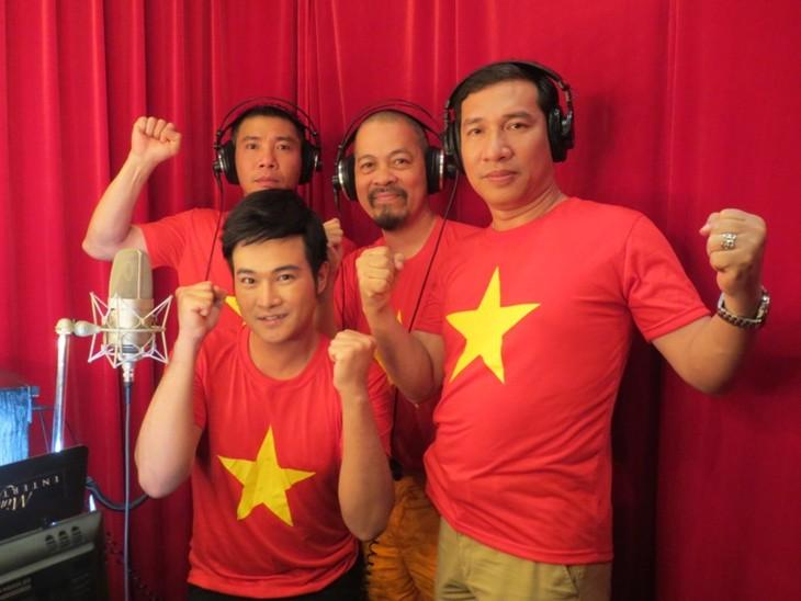 Artistas vietnamitas hacia mar e islas nacionales - ảnh 1