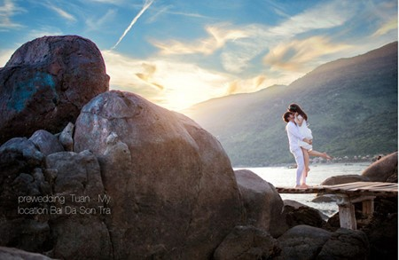 Da Nang, destino favorito para toma de fotos de matrimonios  - ảnh 12