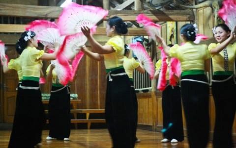 Vu Hoai, un apasionado del baile popular de Xoe - ảnh 1