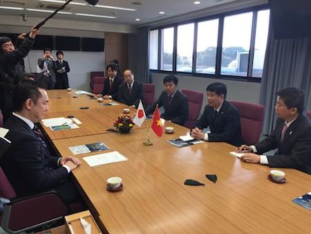 Vietnam y Japón robustecen relaciones locales  - ảnh 1