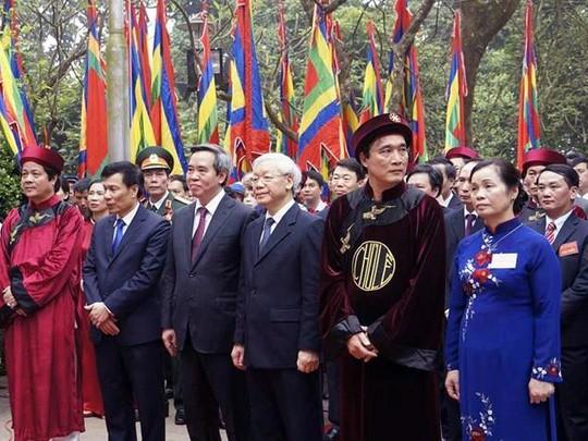 Solemne ceremonia conmemorativa de la muerte de los reyes Hung 2016 - ảnh 1