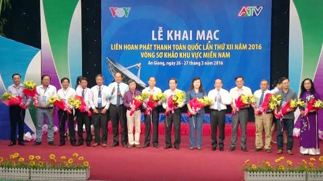Festival Nacional de Radio de Vietnam promueve comunicación multiplataforma - ảnh 1