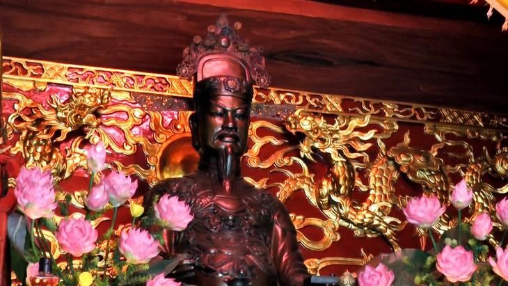 El Templo Tranh y la historia sobre la deidad del agua - ảnh 2