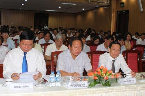 Urgen a periodistas vietnamitas a cumplir con su misión política y social  - ảnh 1