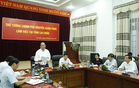 Primer ministro preside Conferencia de Promoción Inversionista y Turística de Lai Chau - ảnh 1