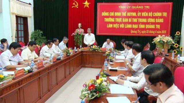 Dirigente partidista se reúne con autoridades de provincia de Quang Tri - ảnh 1