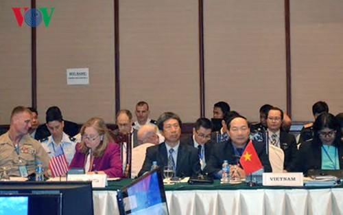 Diferendos limítrofes en Mar Oriental centra agenda de Cumbre de Defensa de ASEAN - ảnh 1