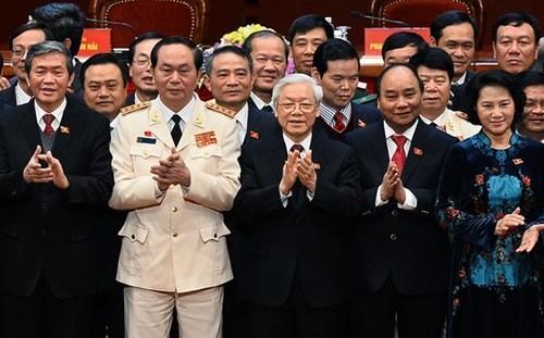 Nuevos dirigentes vietnamitas reciben congratulaciones extranjeras  - ảnh 1