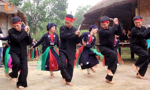 Festividad en honor de valores culturales de las etnias vietnamitas - ảnh 1