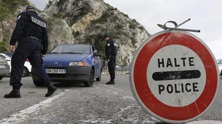 Procuran varios países de Unión Europea prorrogar el cierre fronterizo - ảnh 1