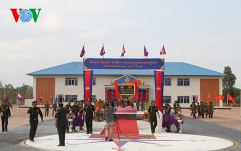 Camboya inaugura una obra militar financiada por Vietnam - ảnh 1