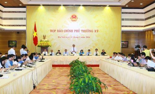 Primera rueda de prensa del nuevo Gobierno vietnamita - ảnh 1