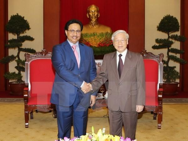 Secretario general del Partido Comunista de Vietnam recibe al primer ministro kuwaití - ảnh 1