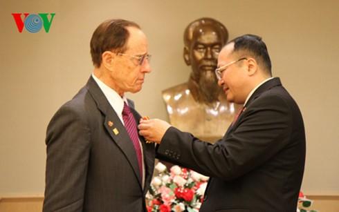 Veterano de guerra estadounidense recibe honorífica distinción de Vietnam - ảnh 1