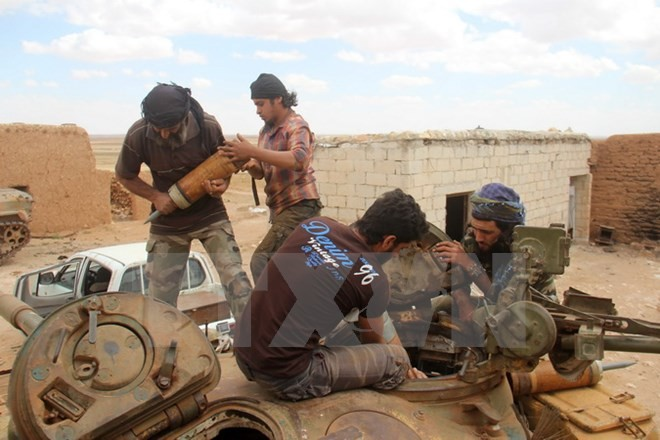Rusia y Estados Unidos maximizan esfuerzos para alcanzar la solución al conflicto en Siria - ảnh 1