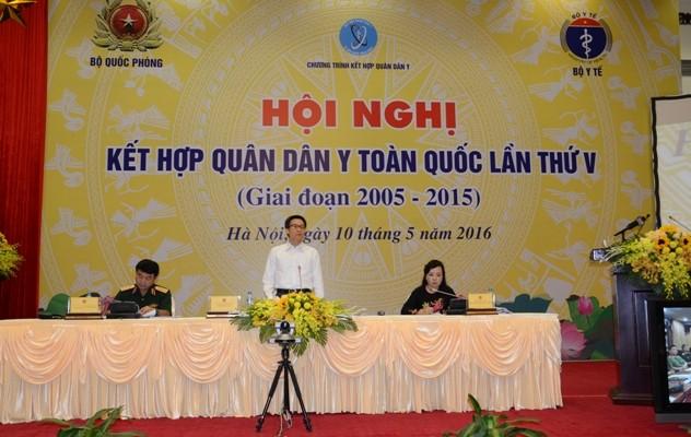 Exhorta vicepremier a aumentar inversiones en la salud pública de Vietnam - ảnh 1
