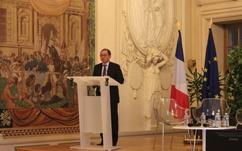 Ciudad francesa de Reims espera estrechar colaboración multisectorial con Vietnam - ảnh 1