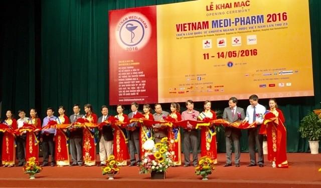 Más de 350 empresas participan en la Exposición Internacional de Medicina de Vietnam - ảnh 1