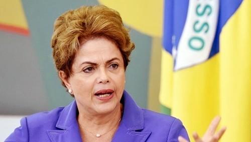 Brasil sumergido en peor crisis política y económica - ảnh 1