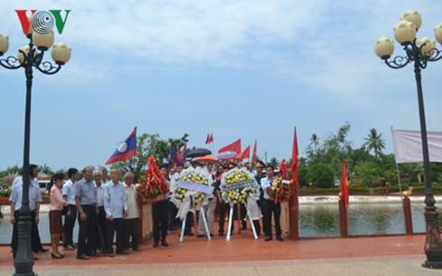 Vietnamitas en Laos conmemoran el natalicio del presidente Ho Chi Minh - ảnh 1