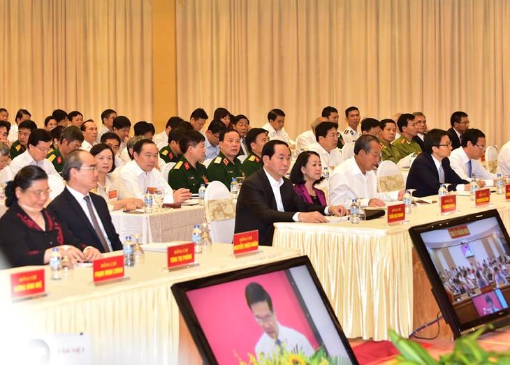 Valoran práctico el estudio y seguimiento del ejemplo moral de Ho Chi Minh - ảnh 1