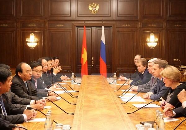 Premier vietnamita se reúne con presidente de la Duma Estatal de Rusia - ảnh 1