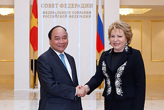 Exhorta premier vietnamita a consolidación de lazos tradicionales con Rusia  - ảnh 1