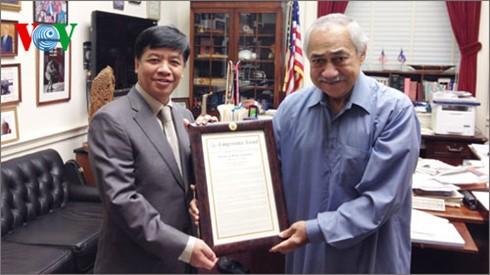 Ex congresista estadounidense exalta logros de Vietnam en materia de derechos humanos - ảnh 1