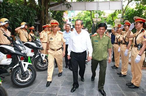 Vietnam refuerza seguridad del tránsito y orden social en vísperas de elecciones - ảnh 1