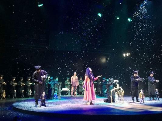 """Teatro de marionetas """"Ánade real envenenado"""", éxito de la colaboración artística Vietnam-Japón - ảnh 1"""