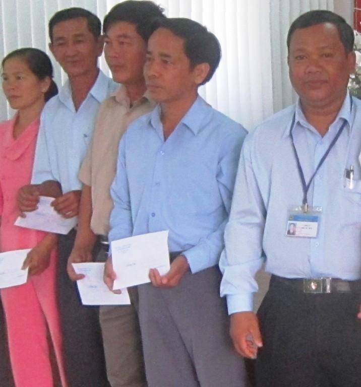 Dinh Cong Tam, un emprendedor que logró vencer la pobreza y progresar - ảnh 2