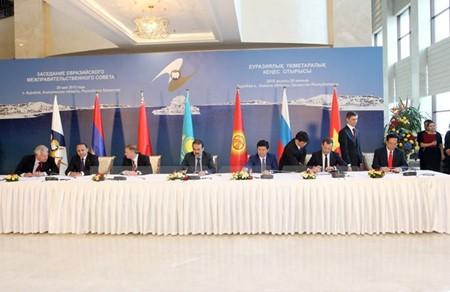 Kirguistán y Bielorrusia aprueban TLC Vietnam-Unión Económica Euroasiática - ảnh 1