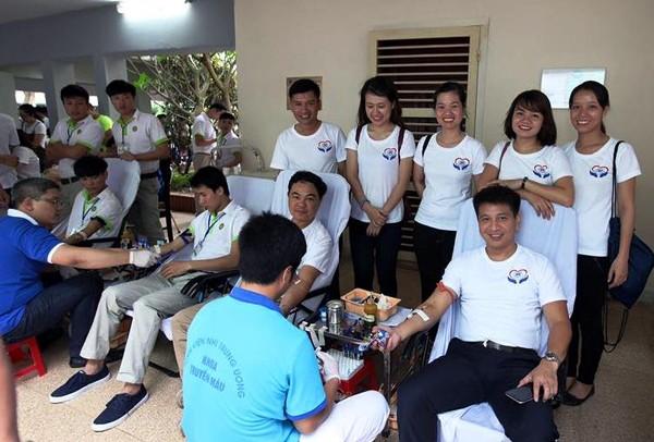 Hanoi celebra vibrantes actividades en respuesta al Día Internacional del Niño - ảnh 1
