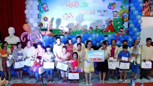 Hanoi celebra vibrantes actividades en respuesta al Día Internacional del Niño - ảnh 2