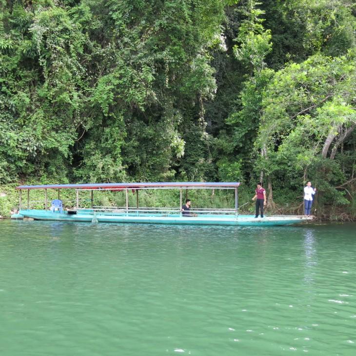 Belleza del lago de Ba Be - ảnh 5