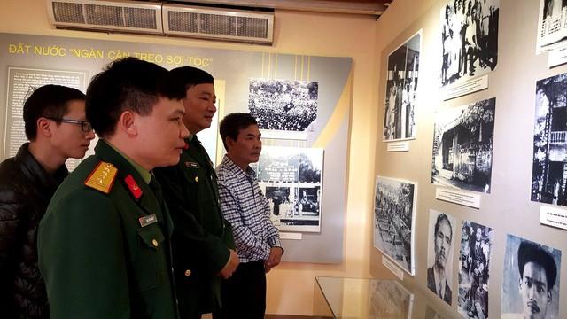Hanoi en invierno de 1946 a través de imágenes y objetos históricos - ảnh 4