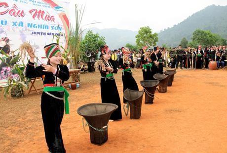 Los Kho Mu y sus solemnidades tradicionales - ảnh 2