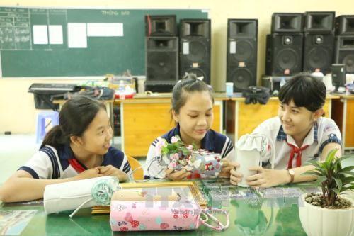 Colegio de An Lac Thon estimula pasión por las ciencias en sus alumnos - ảnh 1