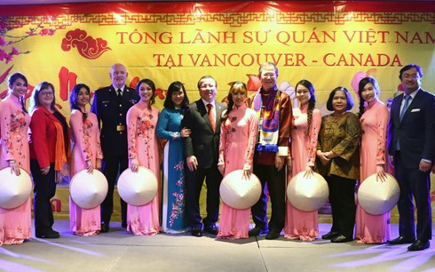 Primer Ministro de Canadá felicita a la comunidad vietnamita por su fiesta tradicional  - ảnh 1
