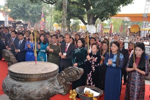 Las hermanas Trung son ejemplo destacado de mujeres vietnamitas - ảnh 1