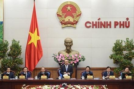 Gobierno vietnamita revisa trabajo del primer mes del año - ảnh 1