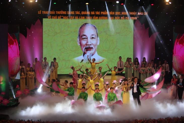 Partido Comunista de Vietnam busca consolidar sus filas con ejemplo de Ho Chi Minh  - ảnh 2