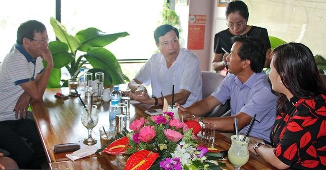 Conversaciones matutinas acompañadas de un café en Quang Ninh - ảnh 1
