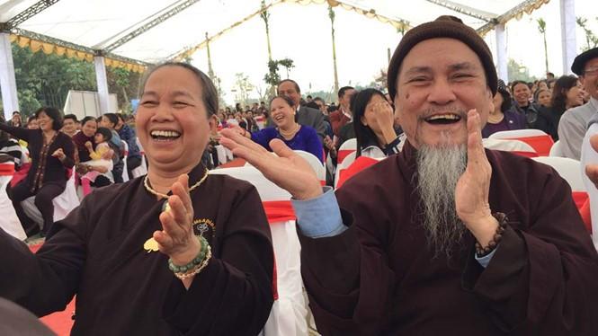 Exaltan identidad cultural nacional en festividades primaverales en Vietnam - ảnh 2