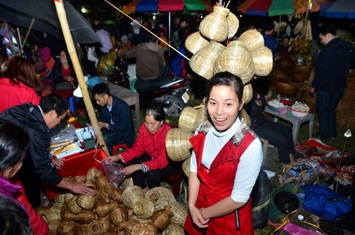 Mercado Vieng, donde se busca suerte y fortuna - ảnh 3